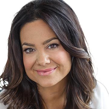 Dr. Lisa Ferrari